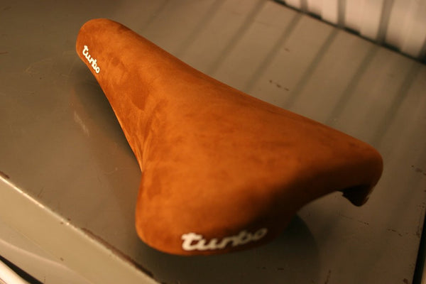 Selle Italia 1980 Turbo Road Bike Saddle Tan Suede