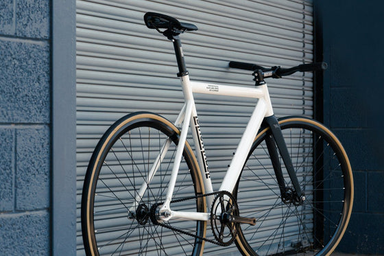 Single Speed & Fixed Gear Bikes - 6061 Black Label V2 - Pearl White