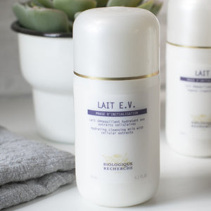 Biologique Recherche - Lait E.V.  <br>  (FOR VERY DEHYDRATED, TIRED SKIN)