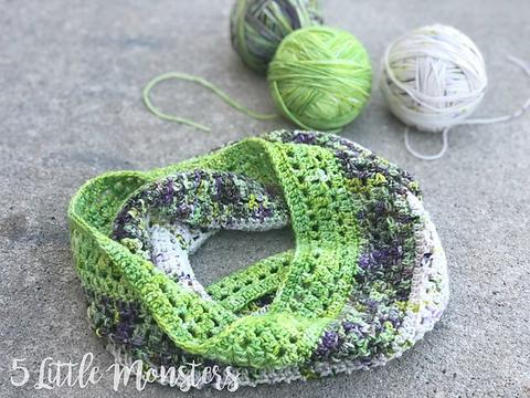 Holiday Gift Knitting & Crochet Pattern Round-Up