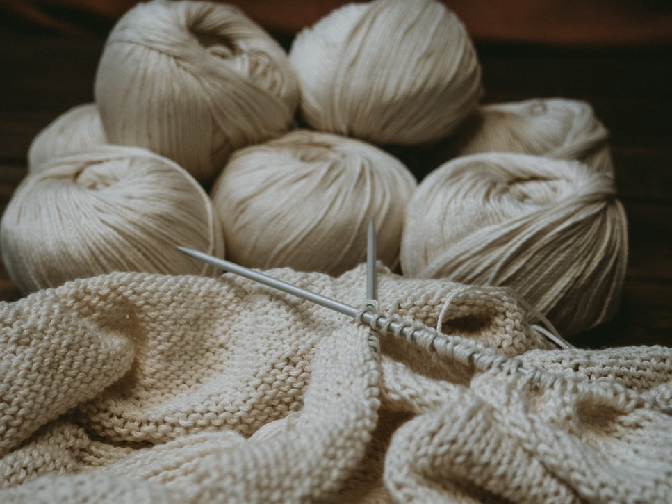 What is a knitting lifeline