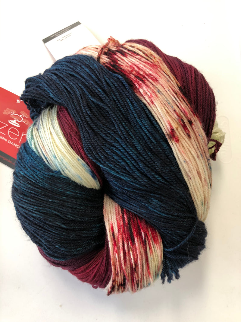 Yarn Bun 114 (Superfine Fingering)