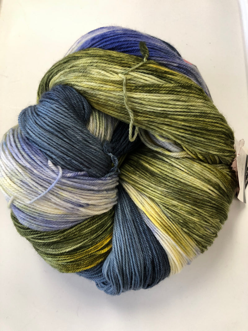 Yarn Bun 117 (Superfine Fingering)