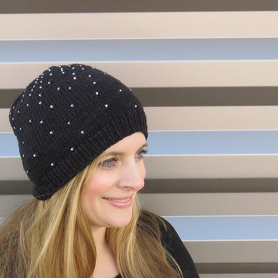 Black Hole Beanie Kit (Superfine DK in Midnight & Pattern)