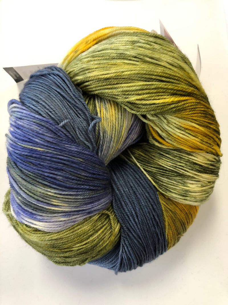 Yarn Bun 116 (Superfine Fingering)