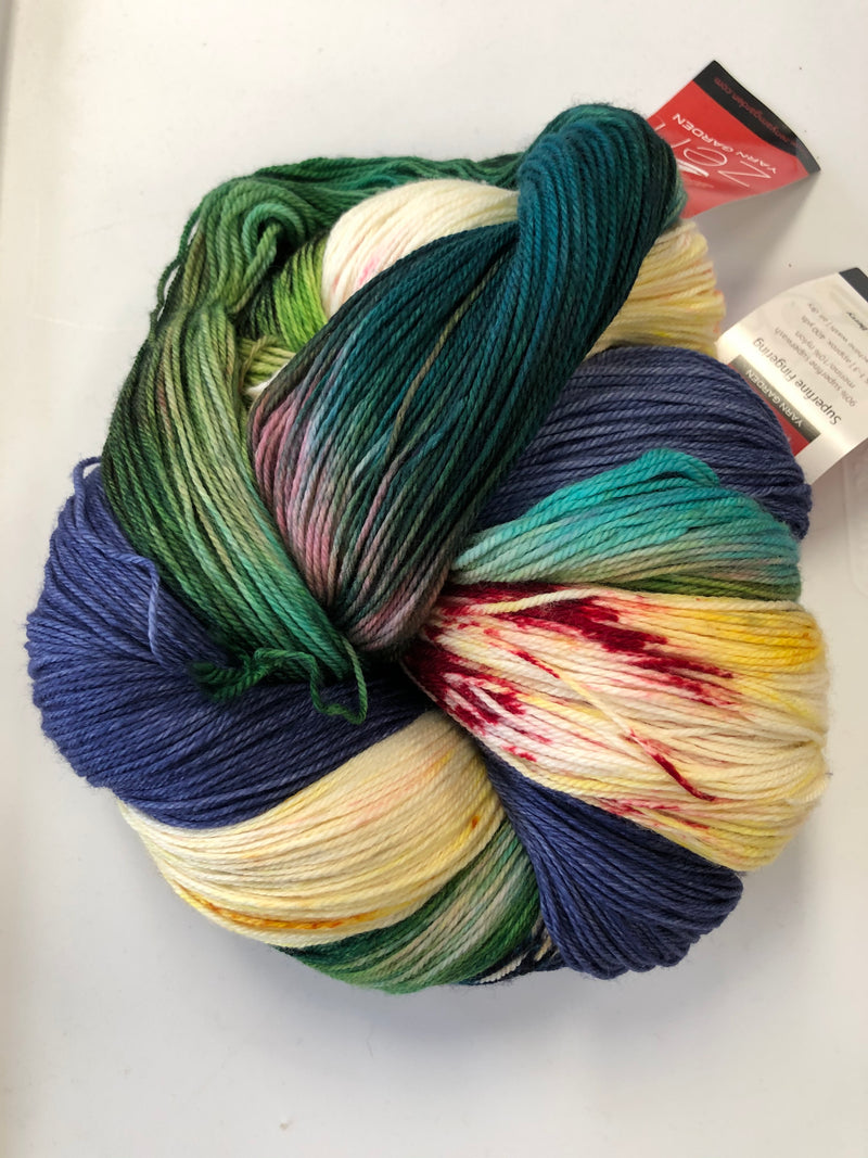 Yarn Bun 121 (Superfine Fingering)