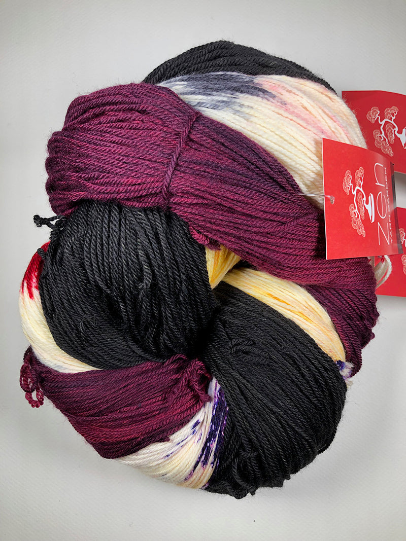 Yarn Bun 11 (Superfine Fingering)