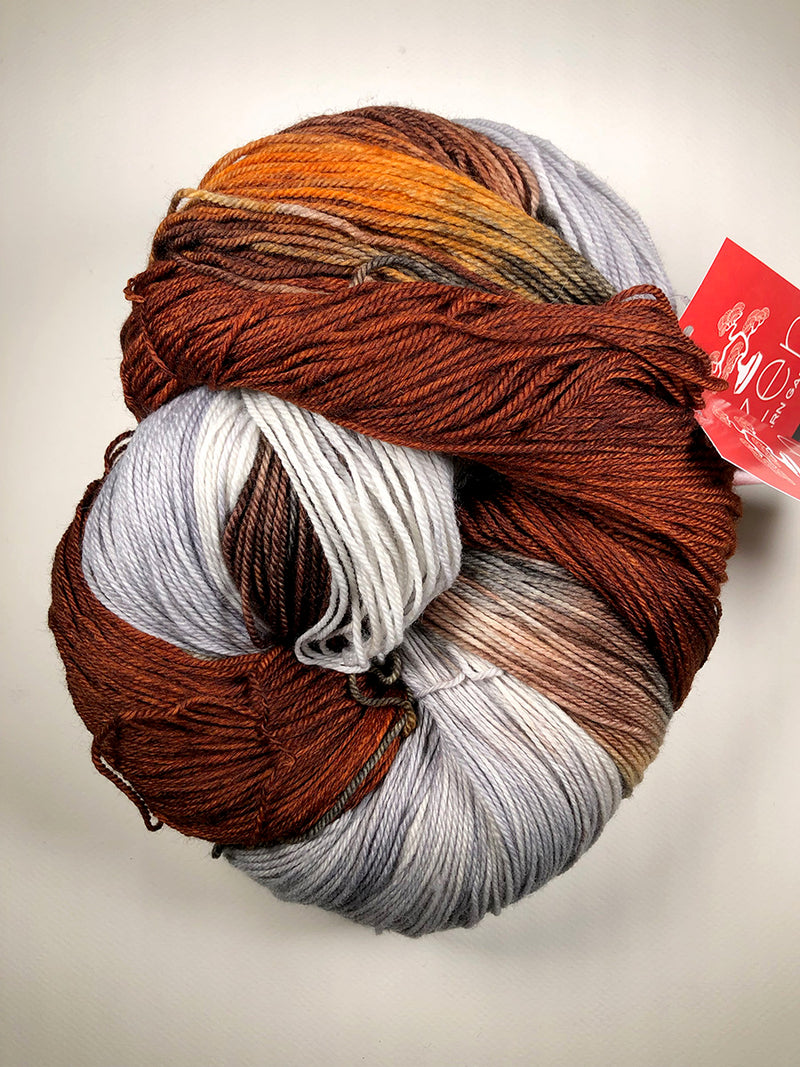 Yarn Bun 13 (Superfine Fingering)