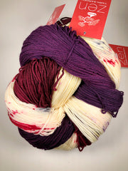 Yarn Bun 16 (Superfine Fingering)