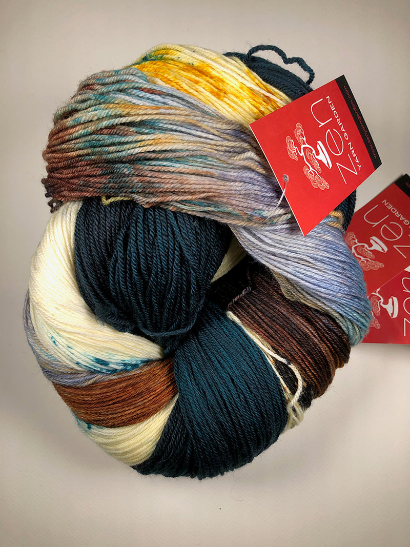 Yarn Bun 17 (Superfine Fingering)