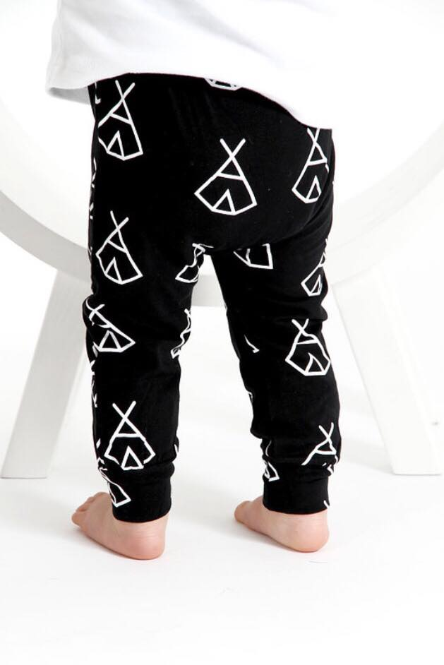 Tiny Tot Tribe leggings-Teepee