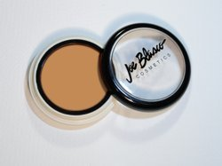 3 High-pigment Cream Base UltraBase Olive Col from Joe Blasco [UltraBase Olive Collection Olive Beige 3]