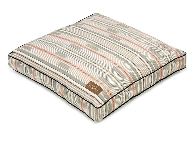Sundance Rectangular Pillow Bed