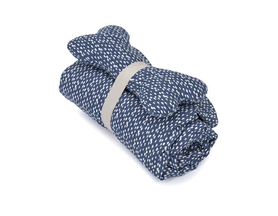 SlumberJax Dottie Ink Throw and Bone Toy Set