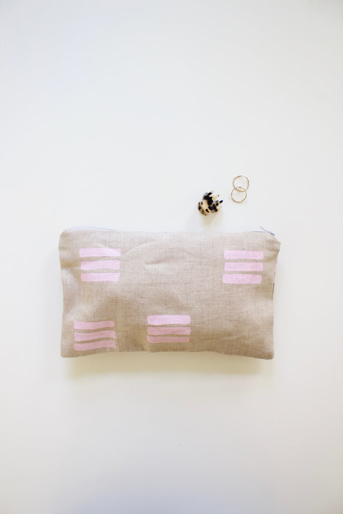Block printed handmade pouch in linen.