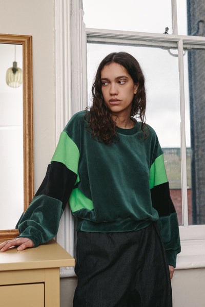 RIYKA Alba organic cotton velour green sweater