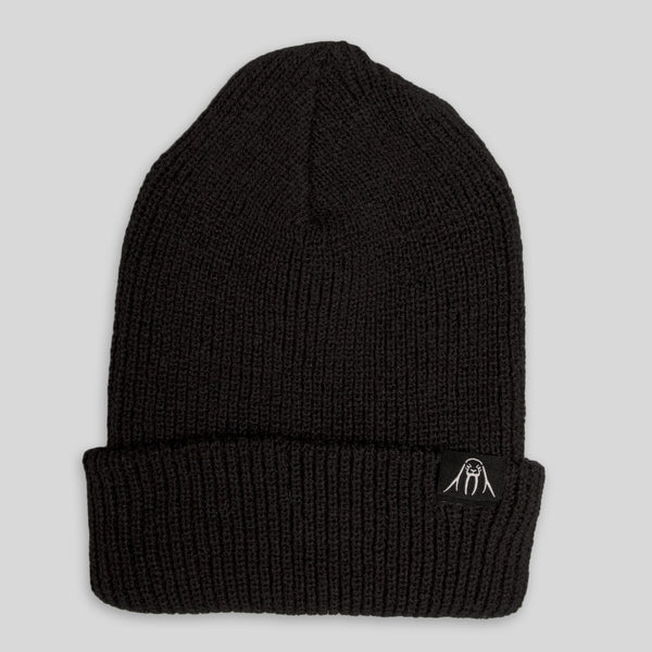 Upper Playground - Walrus Cuff Beanie in Black