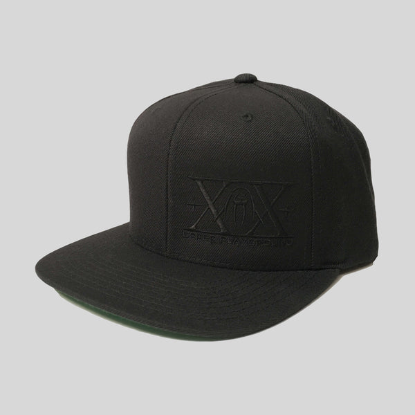 Upper Playground - Lux - XX Logo Snapback in Black/Black
