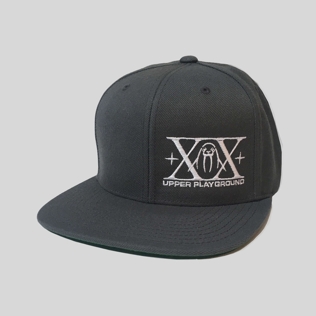 Upper Playground - Lux - XX Logo Snapback in White/Charcoal