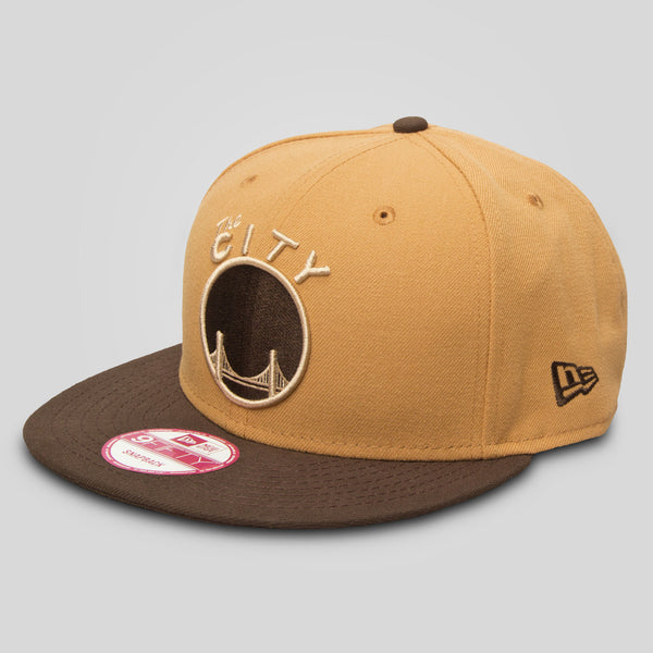 Upper Playground - Lux - THE CITY New Era Snapback in Tan/Brown