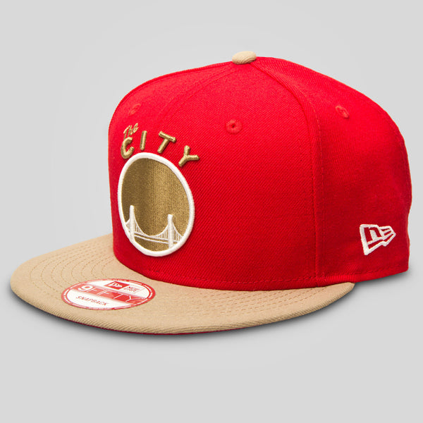 Upper Playground - Lux - THE CITY New Era Snapback in Khaki/Red