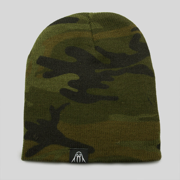 Upper Playground - Lux - Walrus Label Beanie in Camo