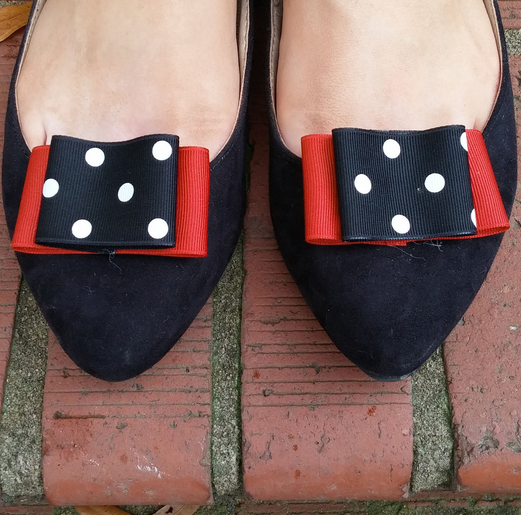 Black & Red Shoe Clips