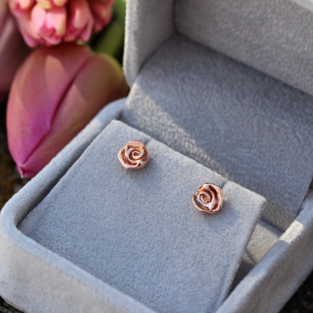Rose studs in rose gold