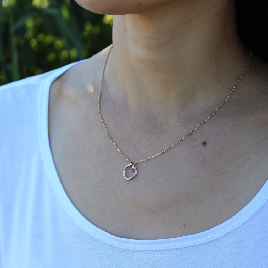 Circle branch necklace