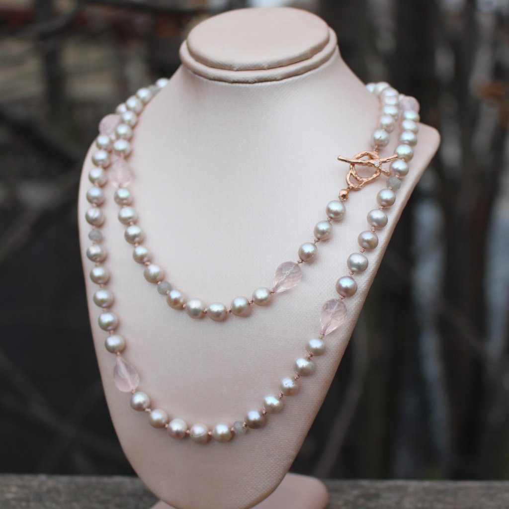 Long gray pearl necklace