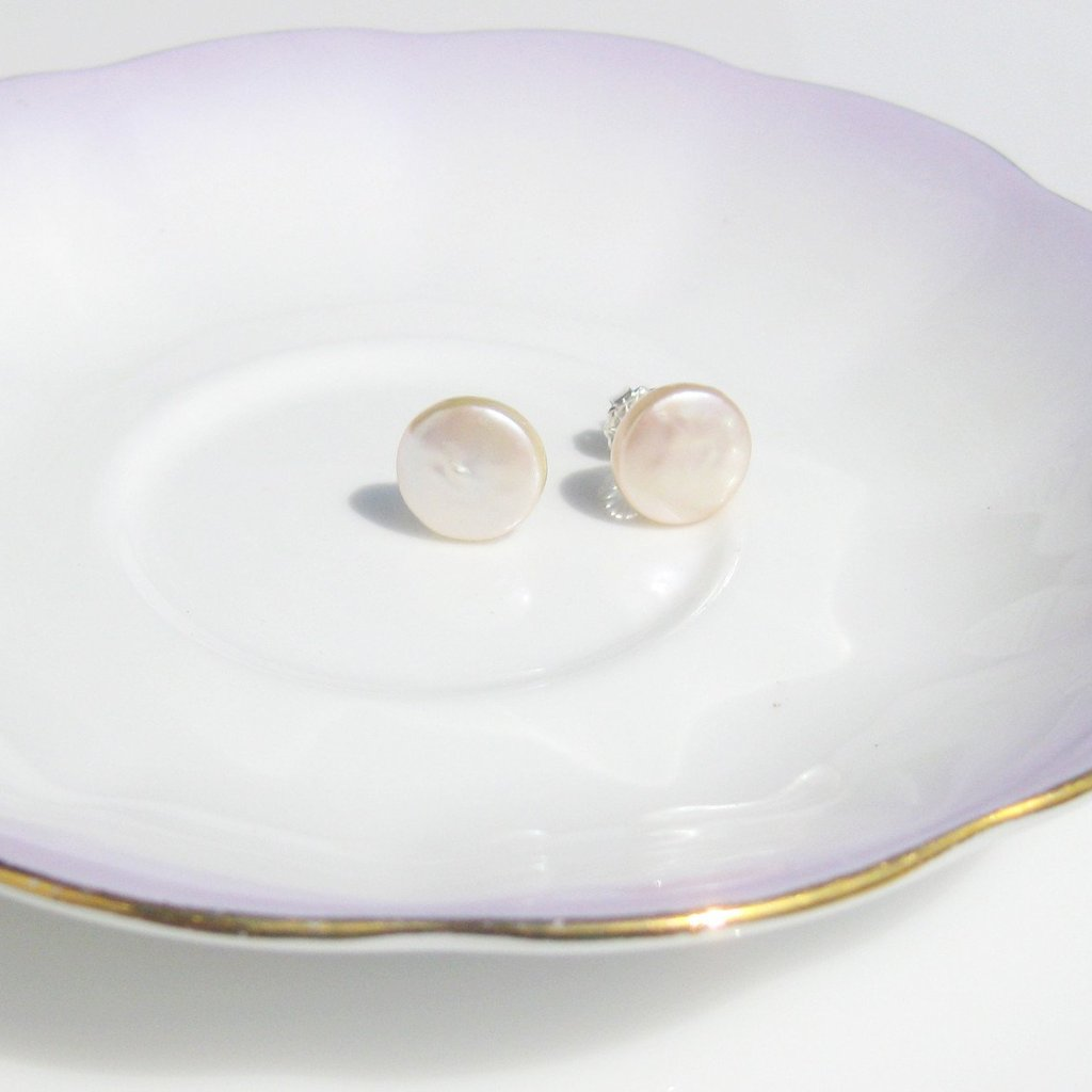 Pearl coin studs