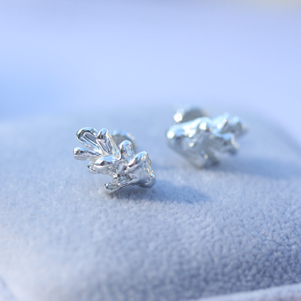 Destined Pinecone - simple studs