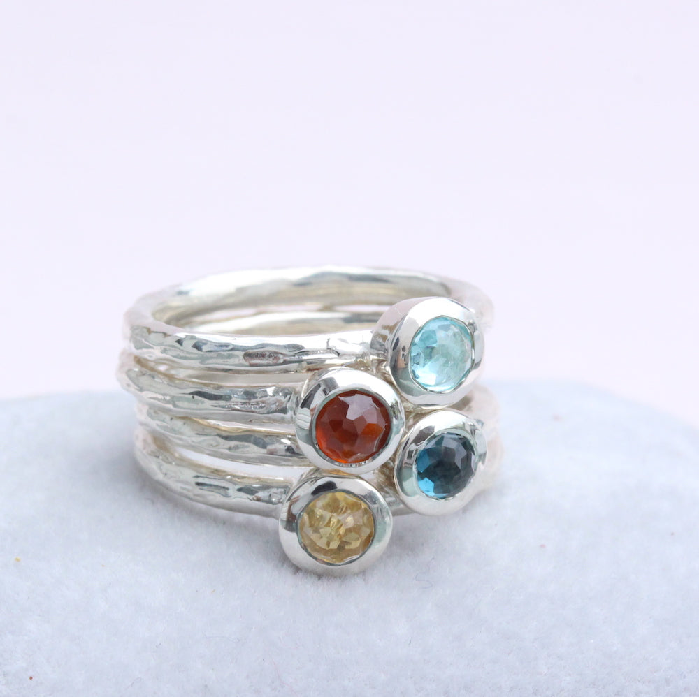 Stackable bezel branch ring