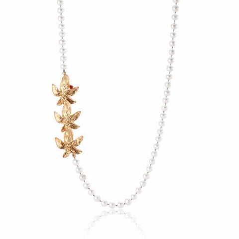 Autumn leaves - long pearl necklace