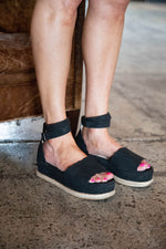 JANE ESPADRILLES IN BLACK