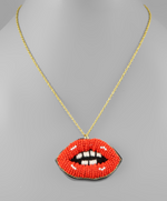BEADED LIP NECKLACE