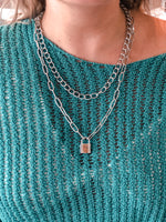 LOCK PENDANT CHAIN NECKLACE
