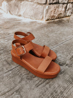 VIVI PLATFORM SANDALS IN TAN
