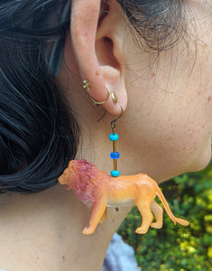 Los Tres Gatos Earrings