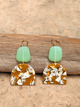 Load image into Gallery viewer, Sea Green Glass Earrings