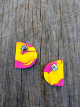 Load image into Gallery viewer, Yellow Checkered Earrings