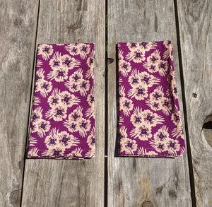 Napkin Set: Purple Poms