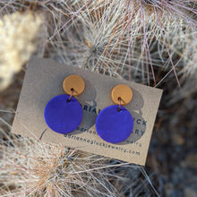 Load image into Gallery viewer, Mini Gold Dot Earrings