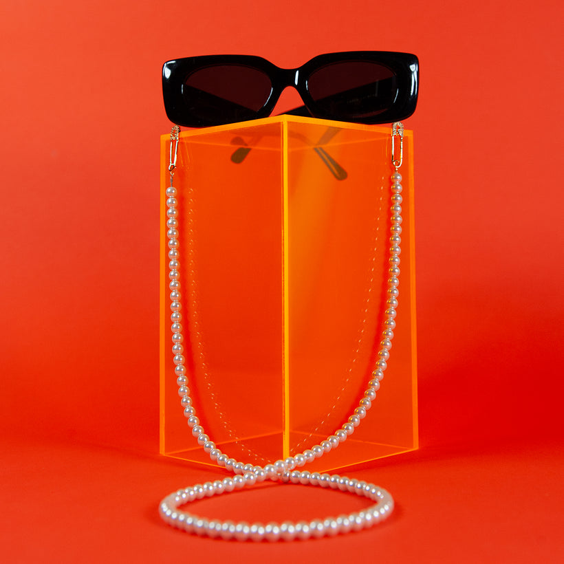 Pearl Safety Pin Eyeglass Chain