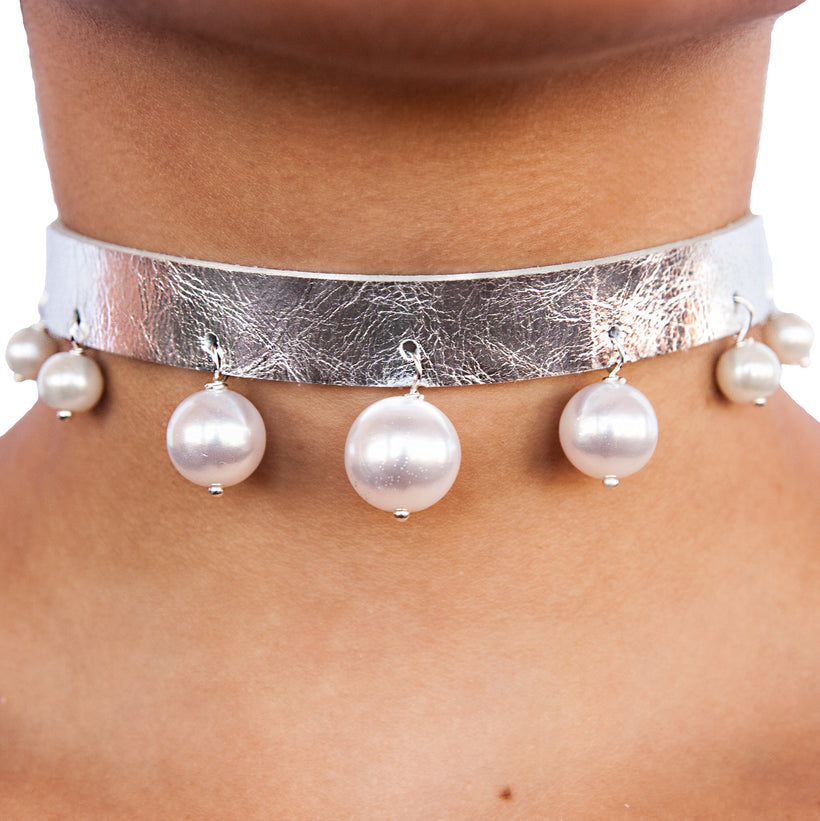 Pearl Ball Leather Choker