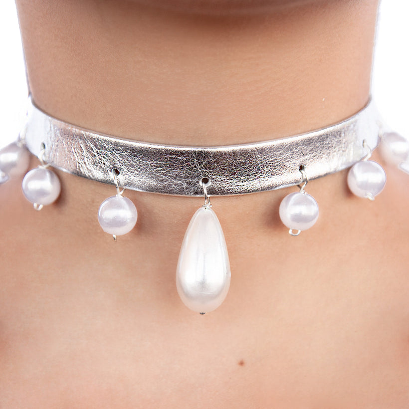 Pearl Ball Teardrop Leather Choker