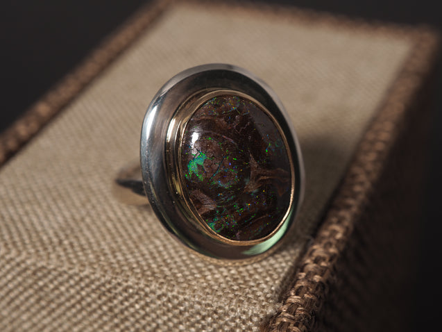 18k Gold Matrix Boulder Opal Ring - kaiasparksdesigns