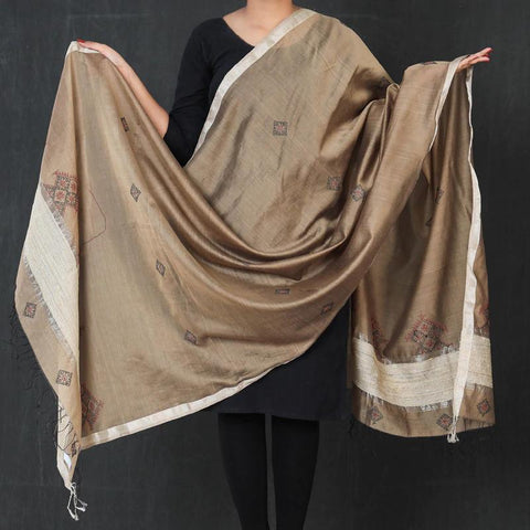 Kasuti Embroidered Dupattas from Karnataka