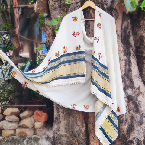 Kutchhi Pure Woolen Hand Embroidered Stoles & Shawls