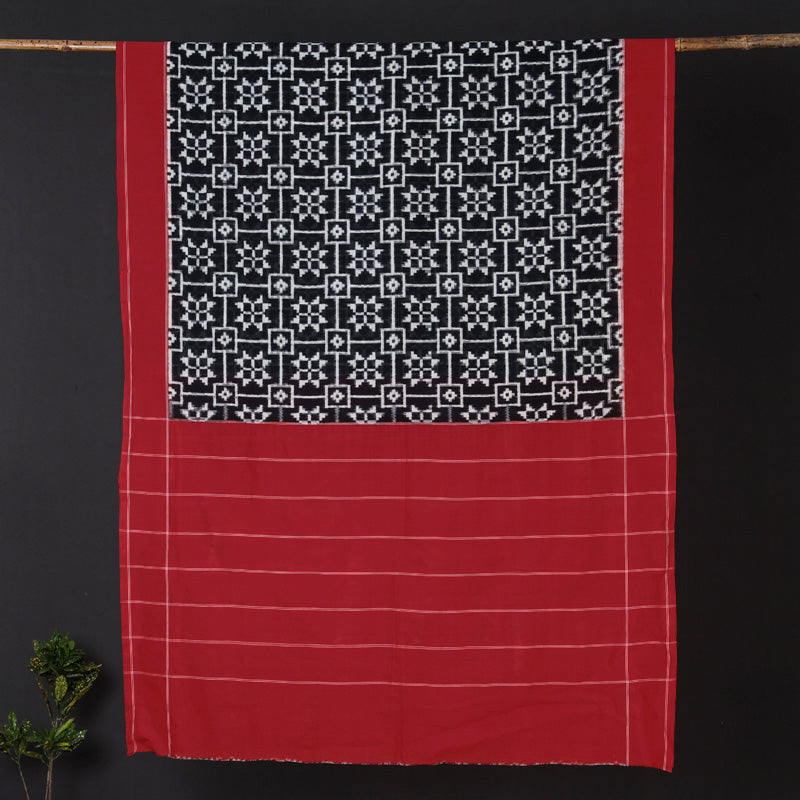 Traditional Telia Rumal Pochampally Woven Double Ikat Handloom Pure Cotton Saree